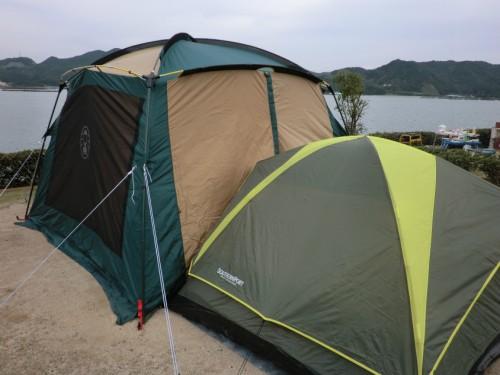 初の南淡路シーサイドキャンプ場_テント連結