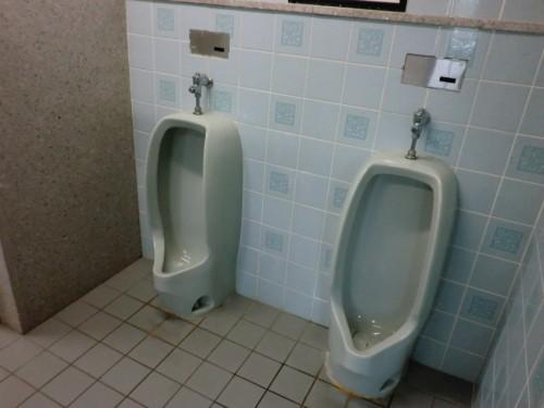 初の南淡路シーサイドキャンプ場_男子トイレ